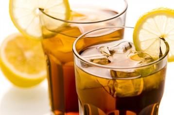 מתכון לתה קר טעים עם לימונית ולואיזה מבית תמי4 Bubble Bar