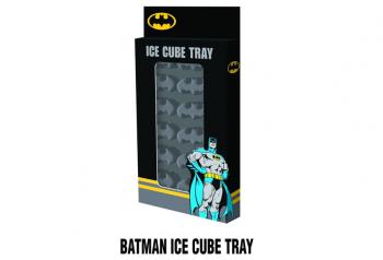 ולא נשכח את חובבי הקומיקס שישמחו ללגום משקה קר עם סמל בטמן בקוביות הקרח שלהם.