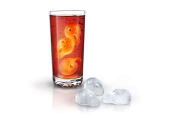 לחובבי האמנות שאוהבים ללגום משקאות קרים, קוביות קרח בצורת 'הצעקה' של הצייר מונק.