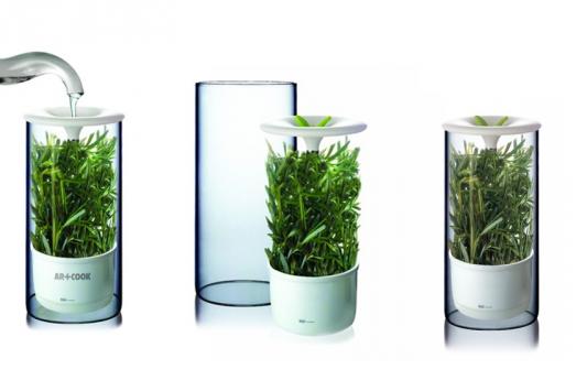כוס מים איכותיים ממכשיר תמי4 ישדרגו כל ארוחה